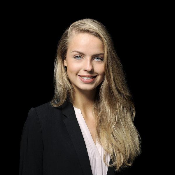 Alina Dubs - Auszubildende Kauffrau für Einrichtungsberatung in Hannover