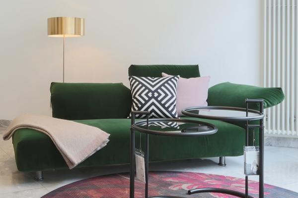Neuheiten von den Möbelmessen bei Hans G. Bock: Sofa ESSENTIAL von Edra.