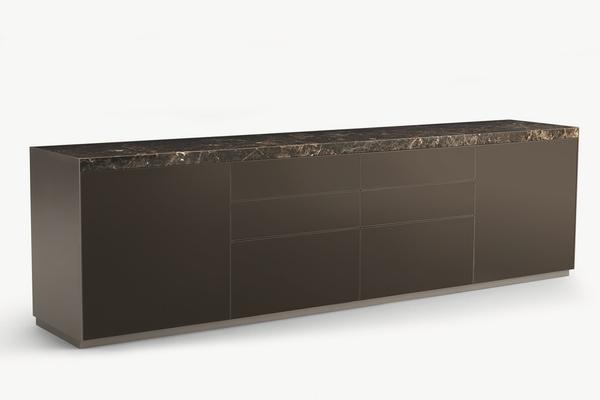 Neuheiten von den Möbelmessen: Das Sideboard SELF BOLD von Rimadesio.